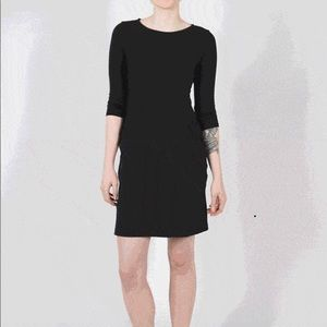 BetaBrand- Black 30 Day Dress- Sz. Small